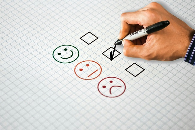 Answering survey questions with a neutral rating